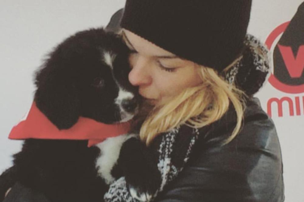Kim Rusk s'implique dans la journée qui a du chien Mira